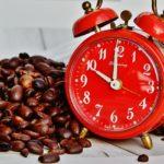 眠気覚ましに飲むコーヒーは飲んでから30分後に効く?