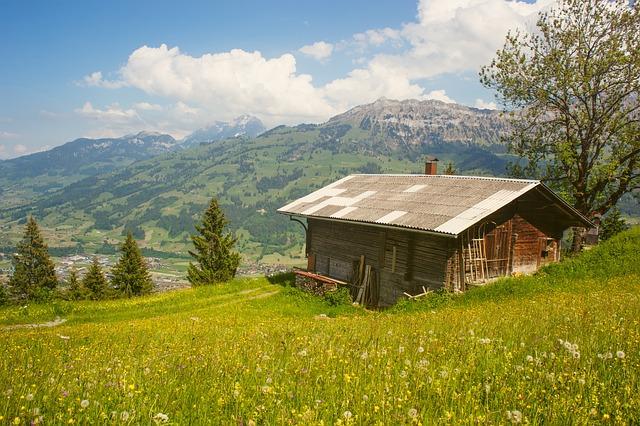山小屋の画像